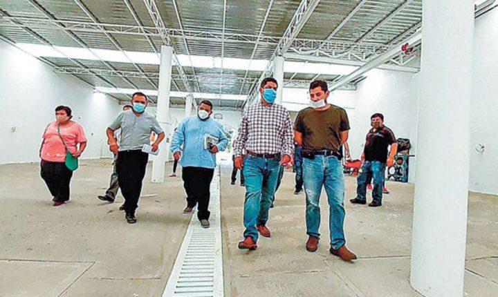 Supervisan avances en remodelación del rastro municipal de Yecapixtla