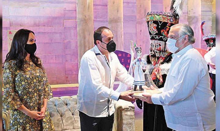 Acreditan a anfitriones responsables en sector turístico de Morelos