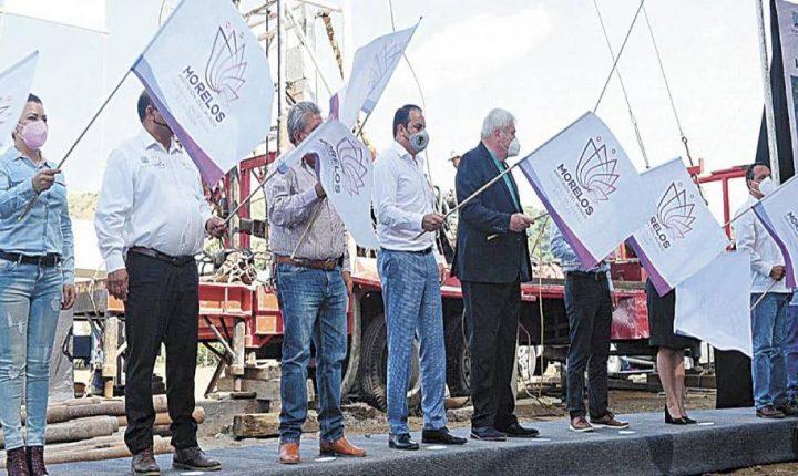 Inaugura Cuauhtémoc Blanco trabajos en pozo de Atlatlahucan